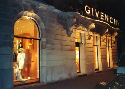 agencement-intérieur-et-exterieur-boutique-Givenchy-400x284