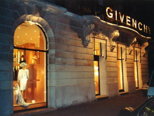 agencement intérieur et exterieur boutique Givenchy