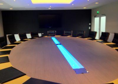 table-de-réunion-sur-mesure-fédération-française-des-batiments-2-400x284